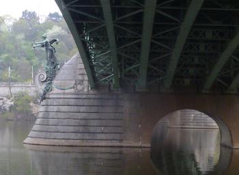 プラハもうひとつ02橋ブログjpg.jpg
