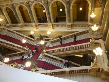 プラハ観光階段.jpg